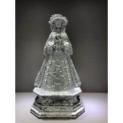 Virgen Pastora resina plateada
